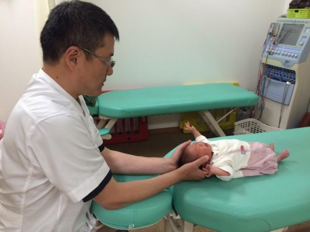 赤ちゃんの施術